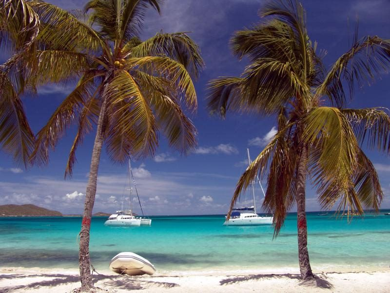 Windward Islands yacht charter Tobago Cays beach
