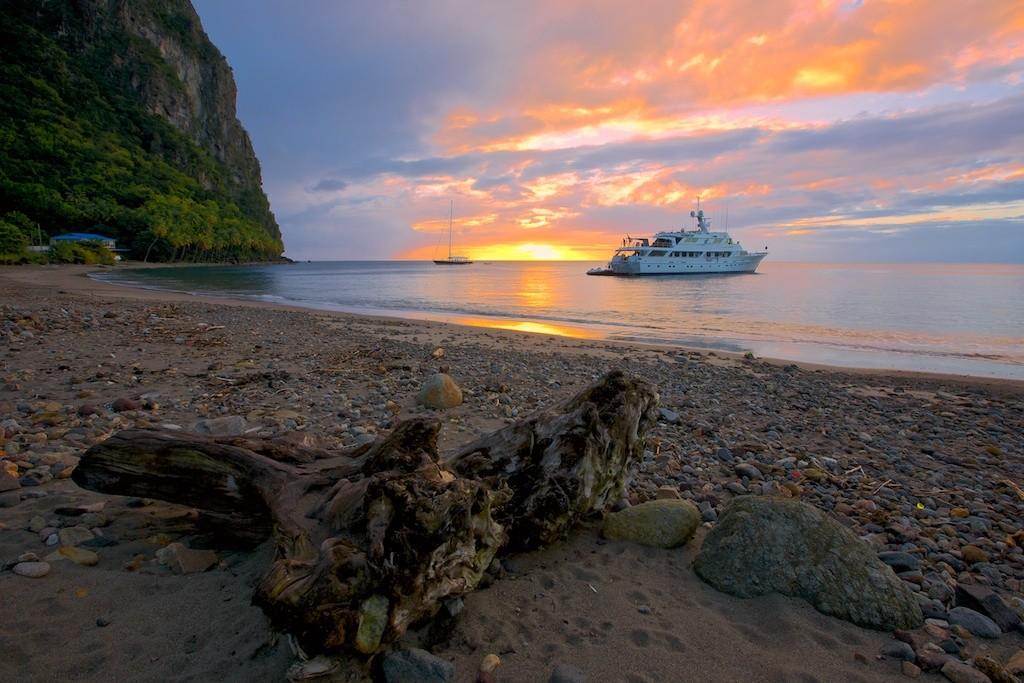 Luxury Yacht Charter St. Lucia – 7 Days