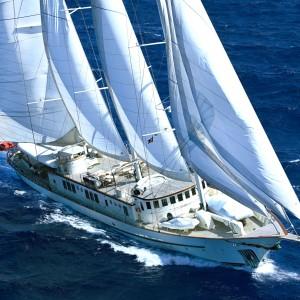 Montigne for sale through Worth Avenue Yachts +1 561 833 4462