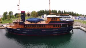 M/Y BREAD for sale through Worth Avenue Yachts +1 561 833 4462.