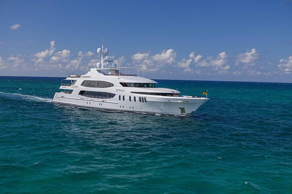 M/Y Skyfall yacht charter
