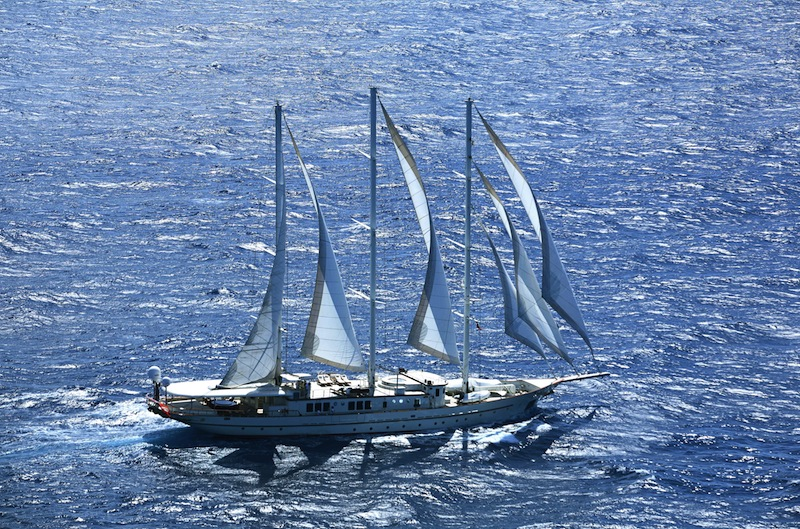Sailing Yacht Charter vs. Motor Yacht Charter – Grace vs. Power