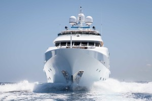 Sailing yacht charter or motor yacht charter?…that IS the question.
