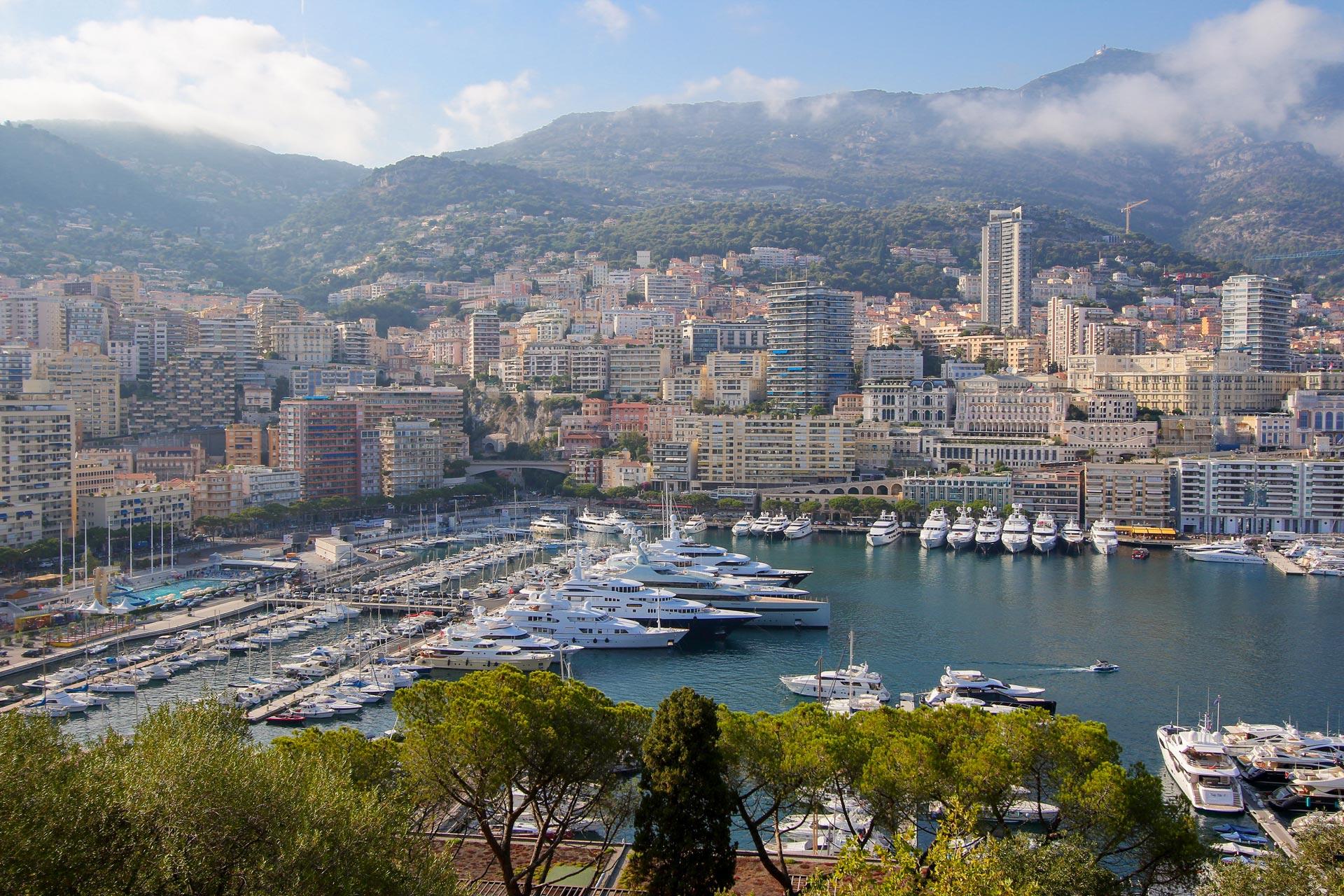 Monaco Yacht Brokers - Worth Avenue Yachts