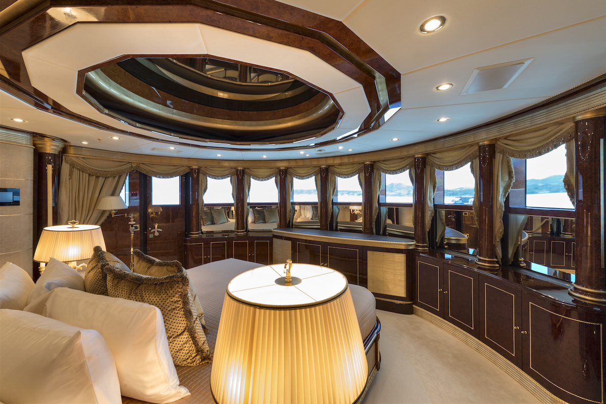 MINE GAMES yacht charter - stateroom-4