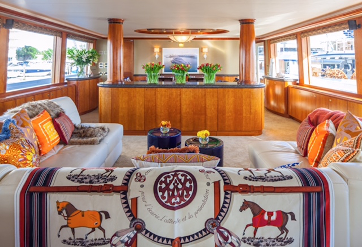 REDEMPTION-yacht-gill-walsh-interior-decorated