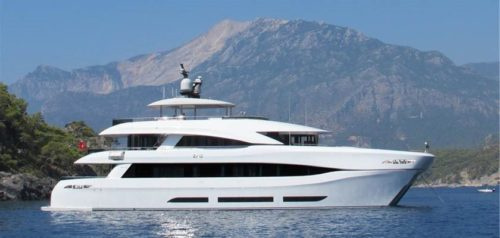 111' CURVELLE YACHT QUARANTA FOR SALE