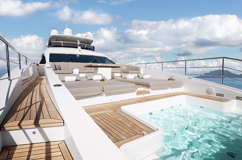 140′ Benetti Yacht CHEERS 46