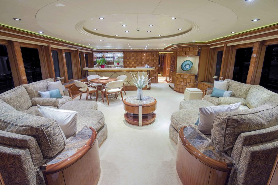 Worth Avenue Yachts_152_Hakvoort_ALLEGRIA_LR_Interior