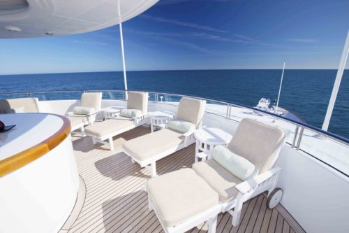 Sundeck Worth Avenue Yachts_152 Hakvoort_ALLEGRIA