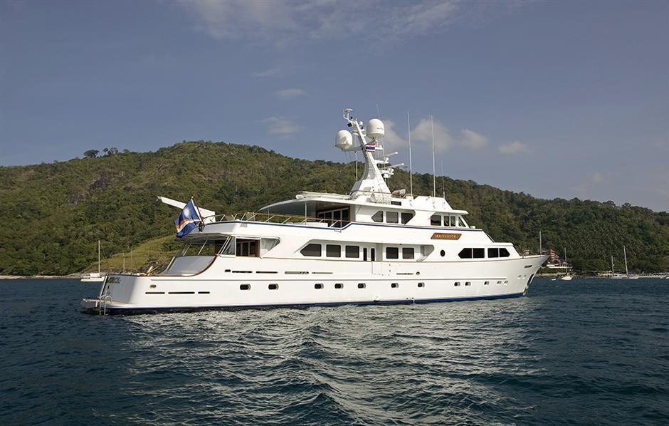 Proven World Cruiser: Explorer Yacht MAVERICK