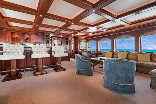 RELENTLESS 145 TRINITY YACHT FOR SALE AND CHARTER YACHT profile sky lounge