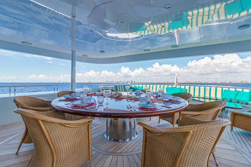 145' TRINITY YACHT RELENTLESS FOR SALE DINING