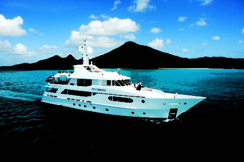 Hakvoort yachts for sale