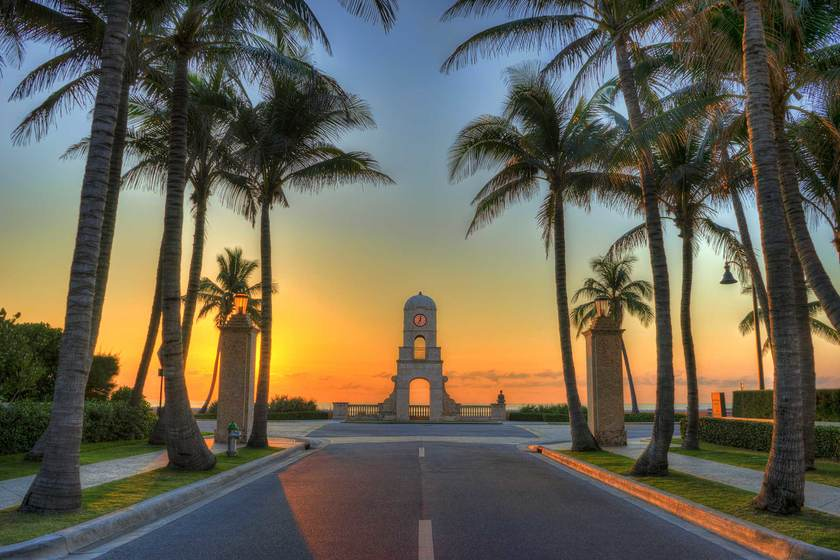 Drop Anchor And Explore Palm Beach Island