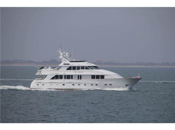 New Central Listing || 100′ Inace Motor Yacht BY GRACE
