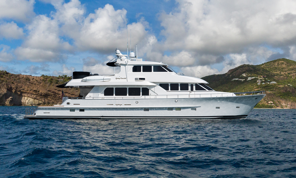 Experience Paragon Motor Yacht GOING COASTAL