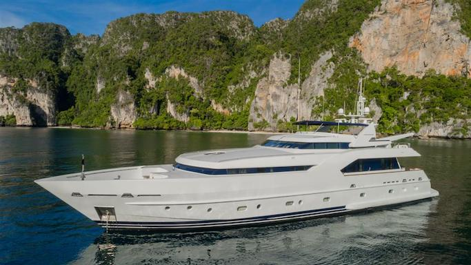 Dutch yacht builders Moonen yacht AZUL A