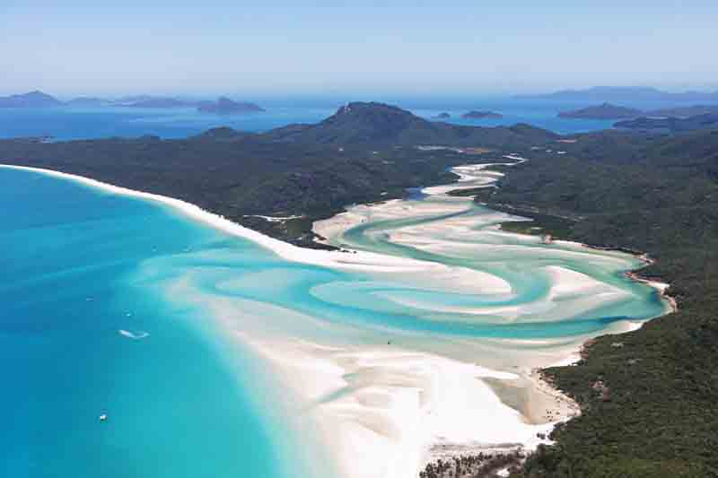 Luxury Yacht Charter The Whitsundays