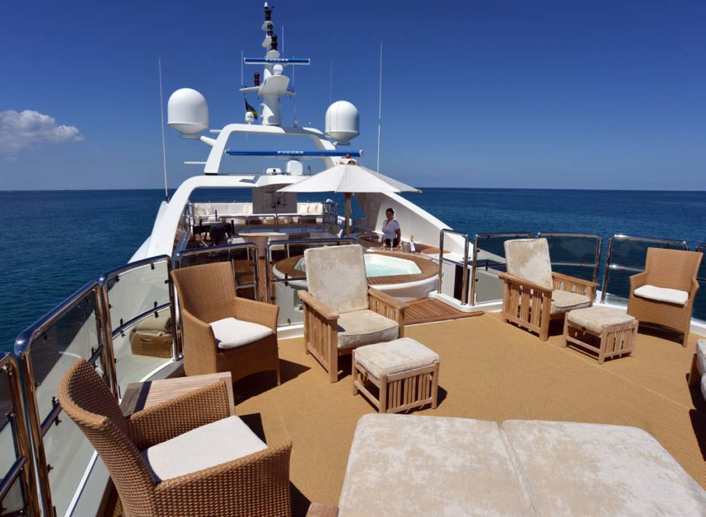 Benetti yachts for sale M/Y LUMIERE