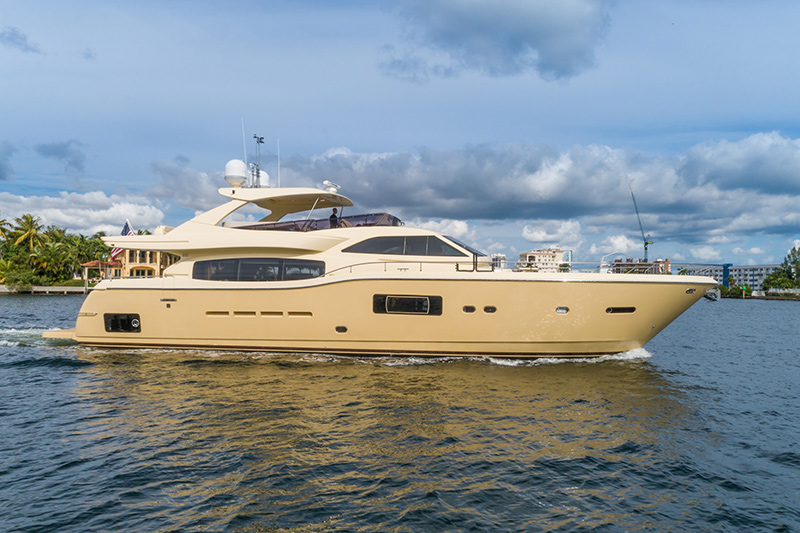 FERRETTI Altura 840 SEVEN DIAMONDS 84 Yacht for sale