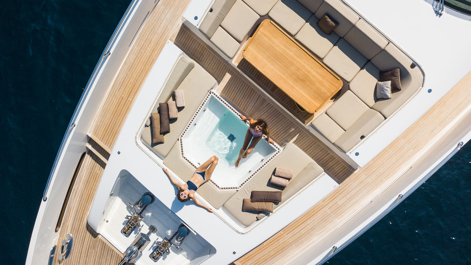 Luxury Yacht Sales - Purchase a Yacht