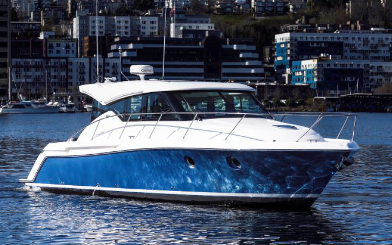 Seattle Boats Afloat BLUTOPIA Tiara yacht for sale