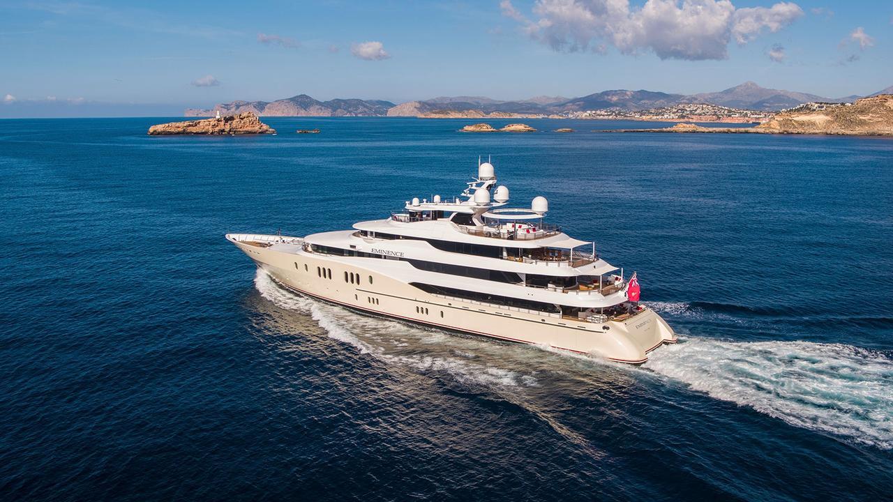 Superyacht Sales | Yacht Sales | Worth Avenue Yachts