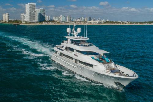 40m Westport Yacht NINA LU For Sale