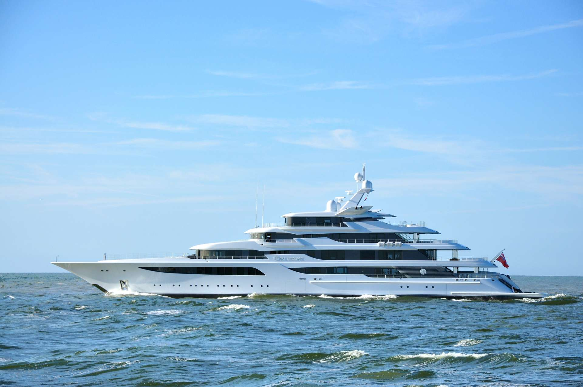 FEADSHIP YACHT ROYAL ROMANCE