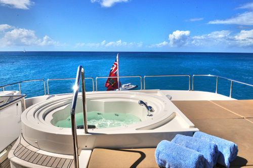 Luxury Bahamas yacht for charter