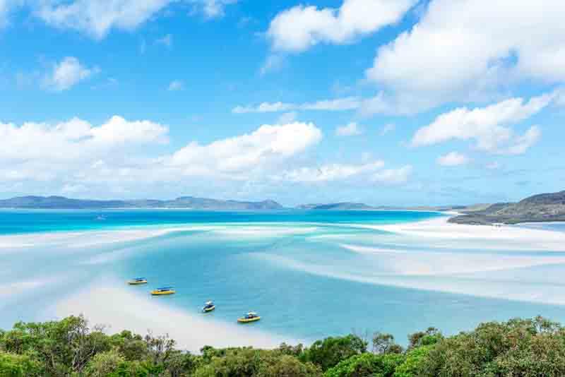 Australia yacht view of Whitsundays beach