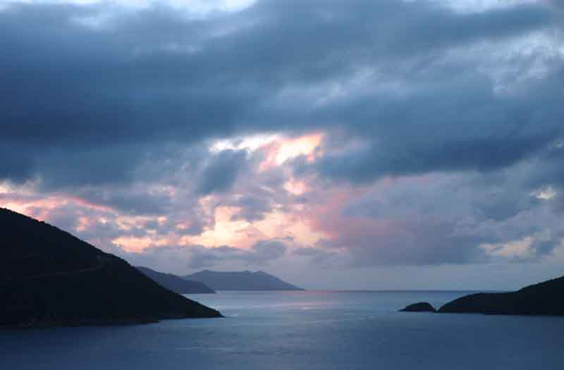 View of Norman Island on a yacht charter itinierary British Virgin Islands