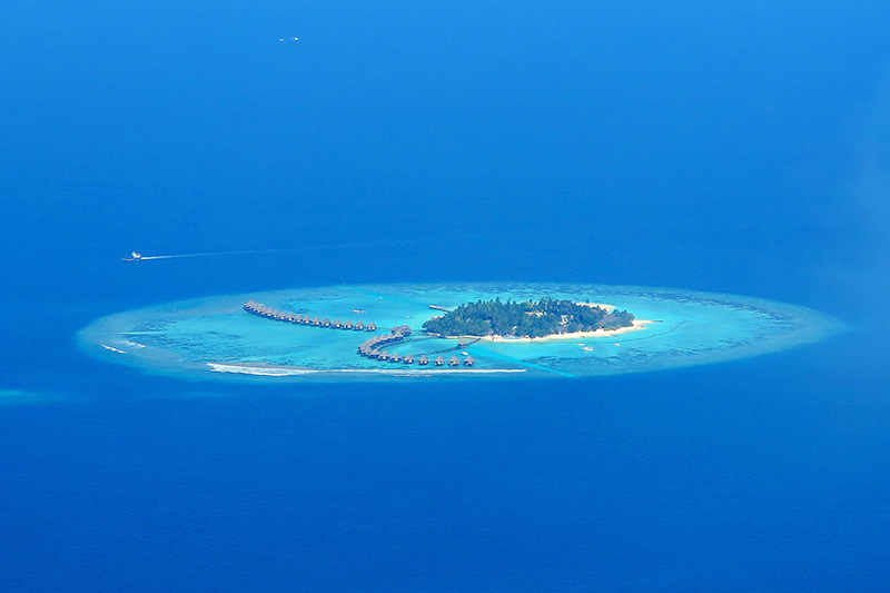 View of an atoll on Maldives yacht charter